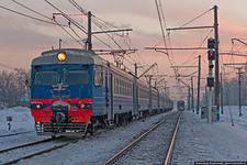 В Хотьково мужчина покончил с собой под колесами поезда ему отрезало ноги.