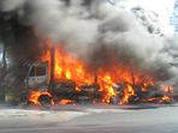 В Хотьково сгорели фуры, два человека погибло.
